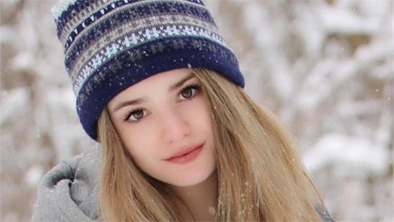 美国14岁网球美少女超高颜值走红社交网络