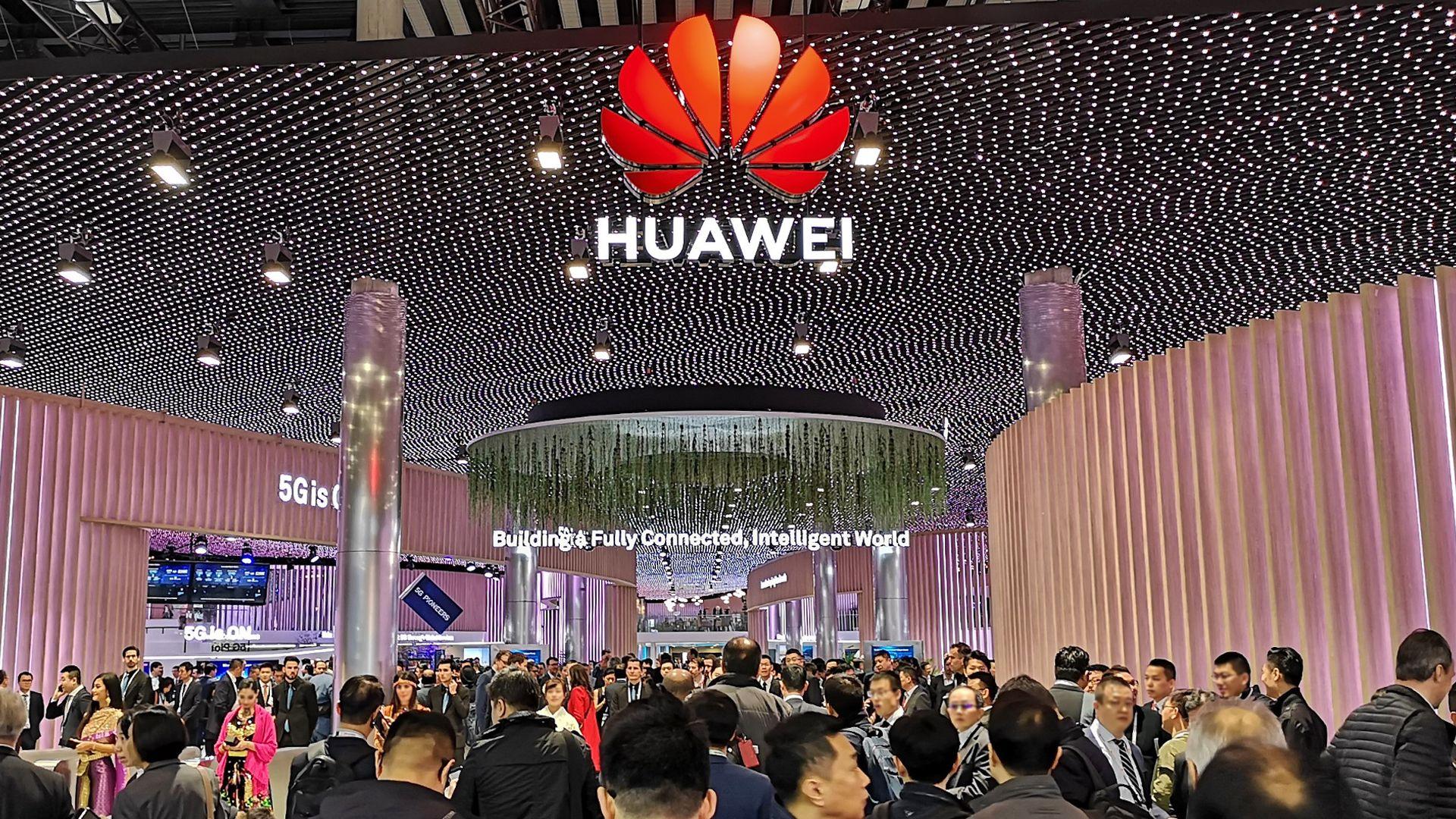 华为携极简5G和SoftCOM AI亮相2019世界移动大会