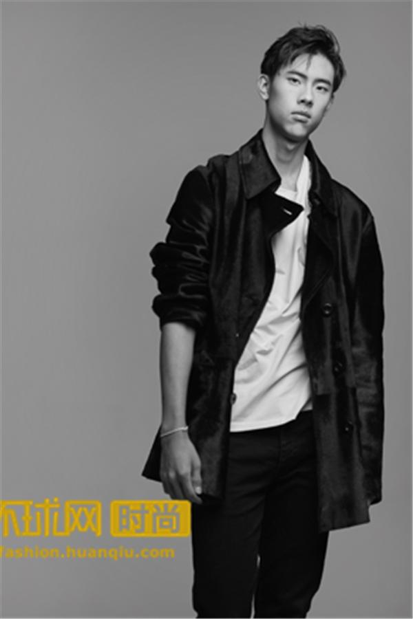 时尚圈新面孔Tiger Qian亮相亚洲全明星时尚颁奖盛典,红毯衣品大盘点