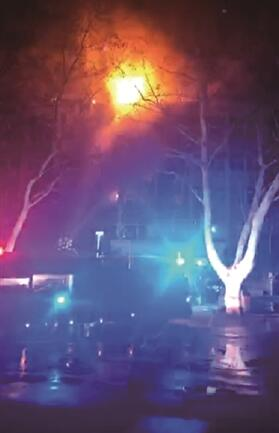 南京工业大学实验楼起火 幸无人员伤亡