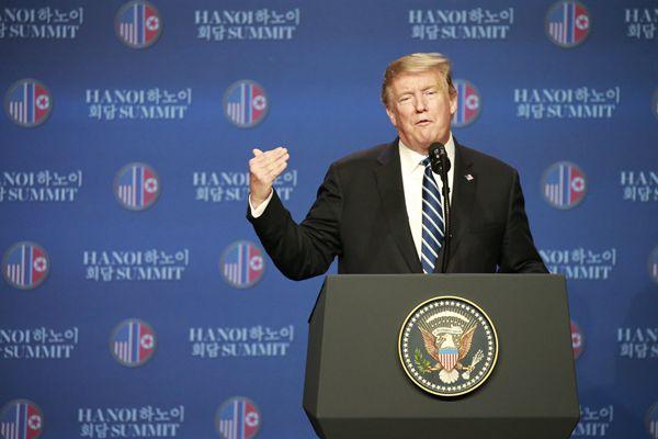 第二次美朝领导人会晤结束 特朗普召开记者会
