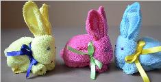 教你用方巾折叠兔子玩偶