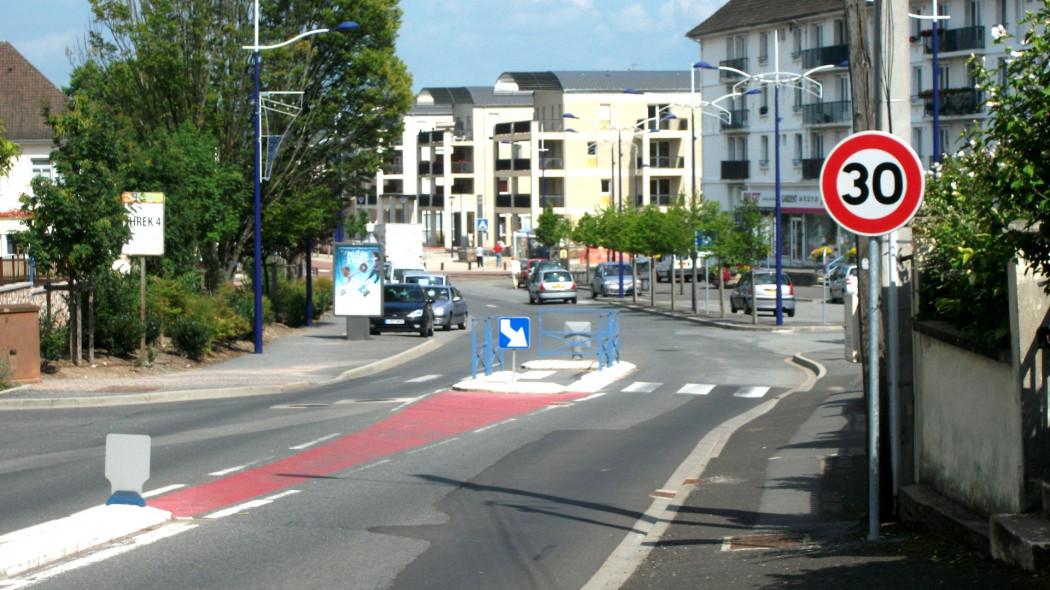 欧洲议会强制新车安装ISA系统 实现车速自动限制