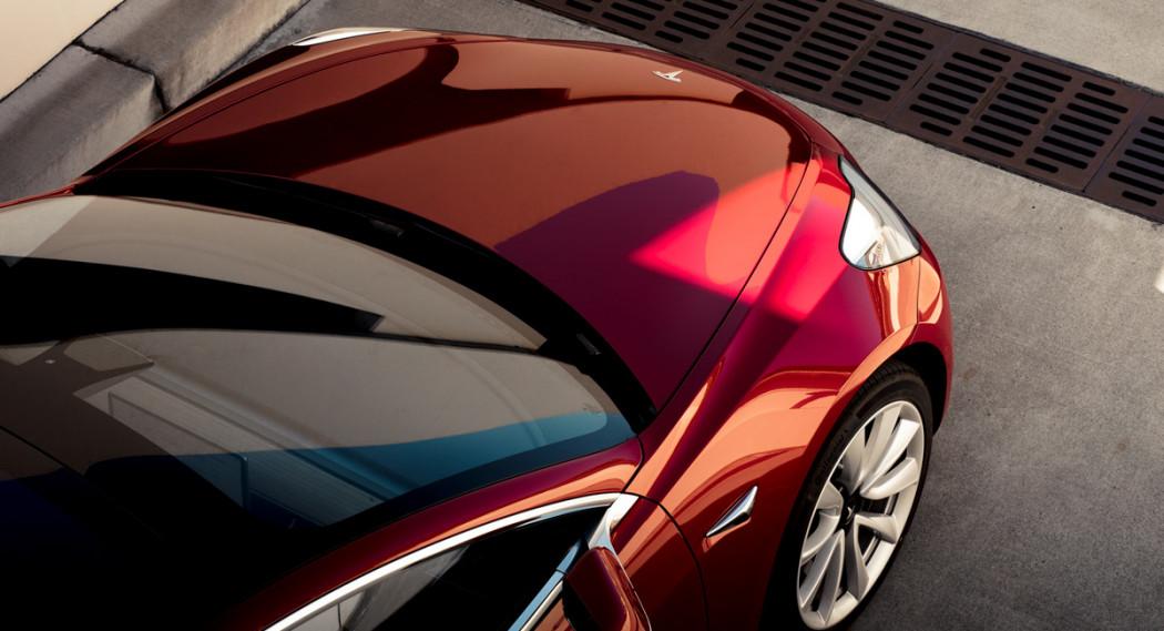 """特斯拉终于推出""""经济型""""Model 3 售价3.5万美元"""