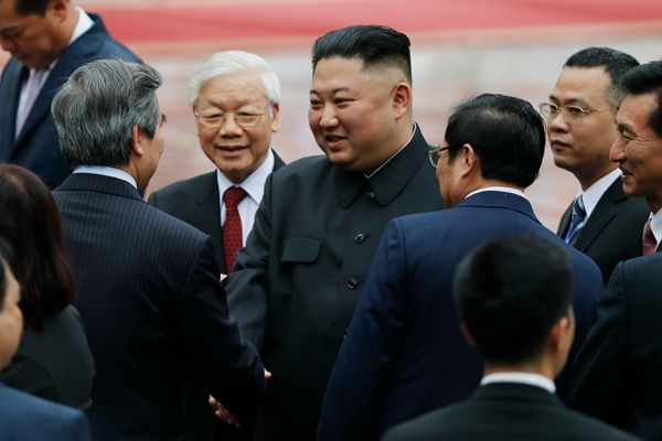 金正恩对越南进行国事访问 会晤越国家主席阮富仲