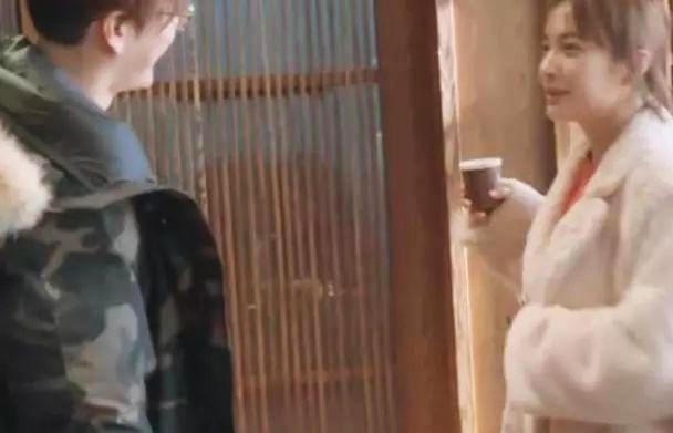 徐海乔给吴昕买的早餐,看到牌子后,网友直呼:豪华早餐的标配