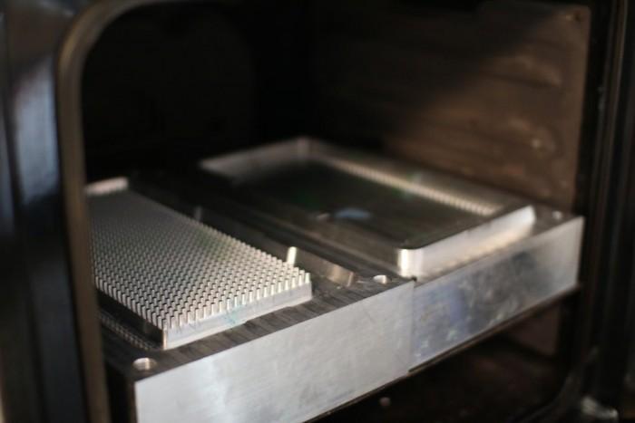 不可回收塑料废物被用来生产便携式扬声器