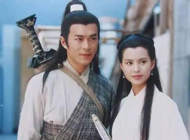 古天乐终于放下旧爱陈乔恩,与新女友法国共度三月,网友:配一脸