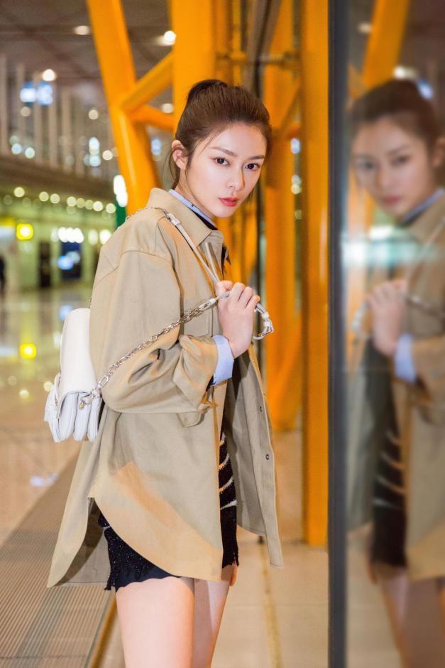 火箭少女101傅菁首战巴黎时装周 时尚表现力备受青睐