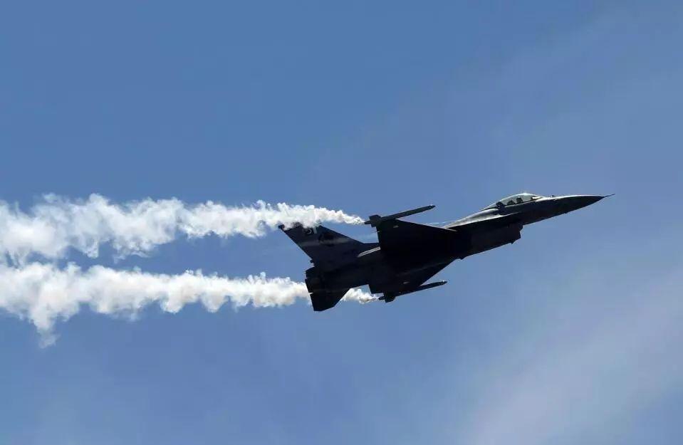 美国表态:正在调查巴基斯坦是否违规使用F-16