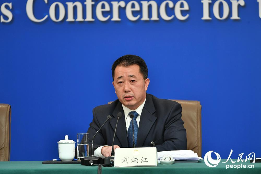 刘炳江:大气污染治理进入攻坚期,要啃硬骨头