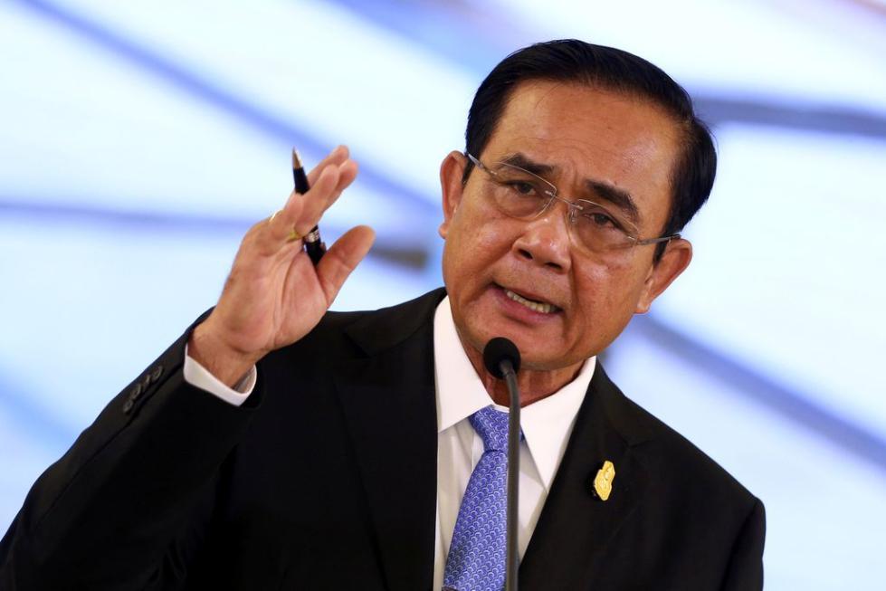 泰国总理再写新歌