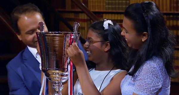 """英女孩竞赛摘冠被称""""人类计算器"""" 智商超爱因斯坦"""