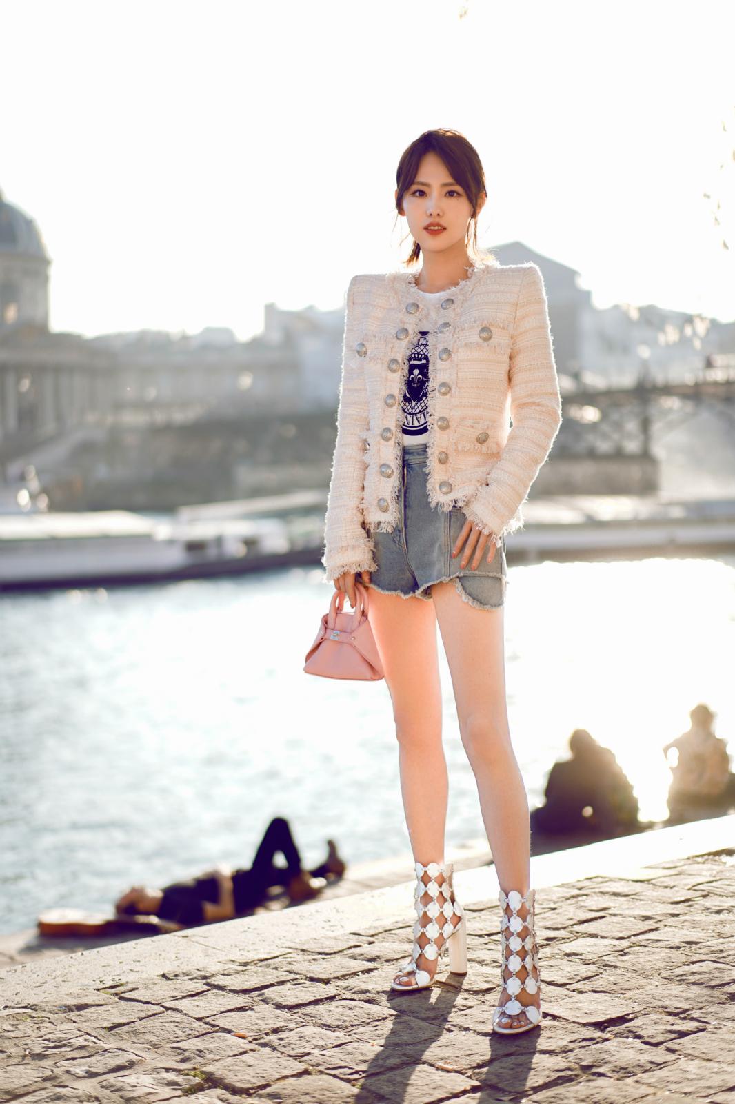 幸福女王张嘉倪震撼巴黎时装周 7组造型魅力全开