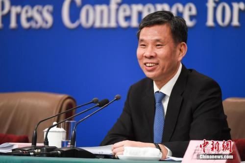 中国财长:地方政府债务风险总体可控