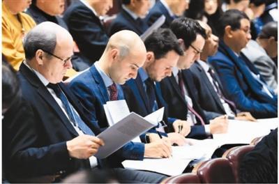 中国机遇 全球媒体热议点赞