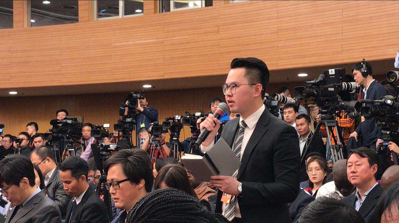 中国是否仍承认马杜罗政府?王毅回答了环环的这个提问