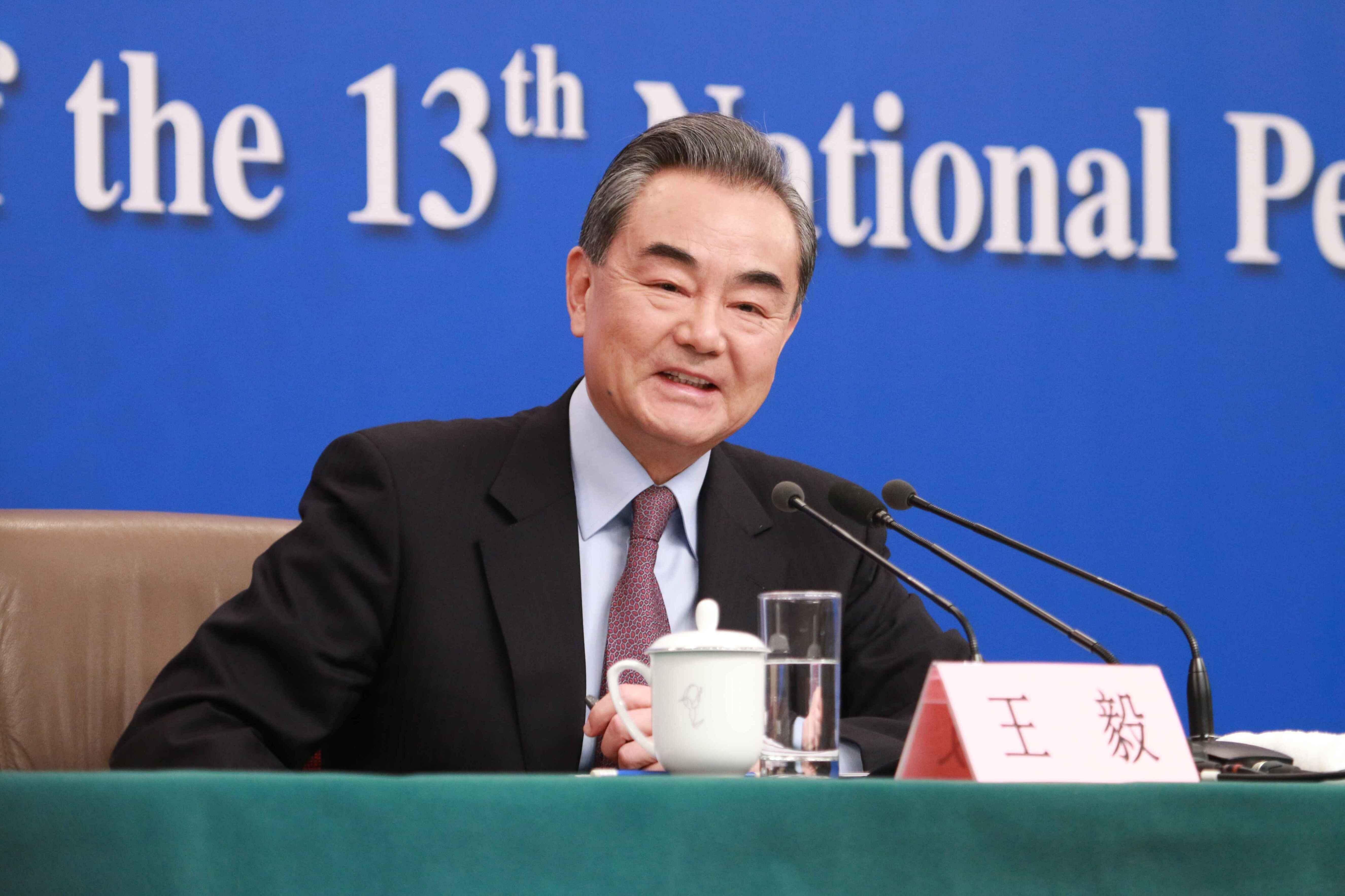 王毅:习近平主席同莫迪总理举行历史性的武汉会晤,开创了中印高层交往新模式
