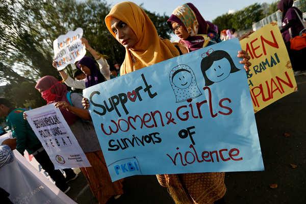 国际妇女节 印尼女性街头抗议针对女性暴力犯罪