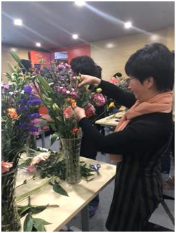 """中国二十二冶集团北京崇建公司组织开展""""最美三月天"""""""