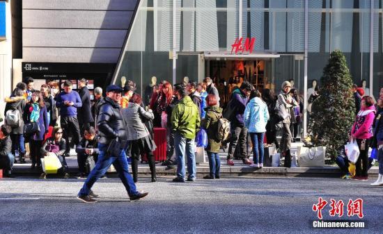 """日媒:中国""""代购""""减少 日本百货店明暗两分"""