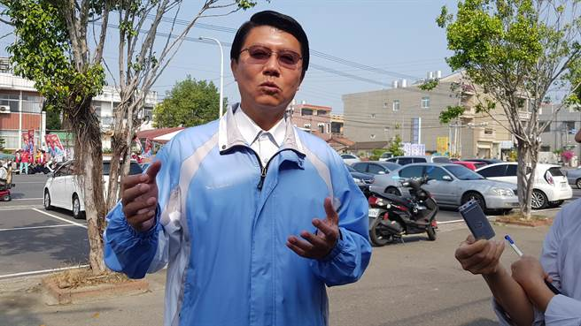 谢龙介回应绿营弃保说:任何政党都不是台南老爸