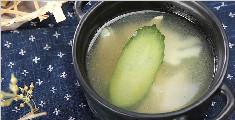 来一碗鲜美清爽的竹笋黄瓜汤