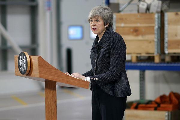 英国议会将表决脱欧协议 特雷莎·梅为争取过关发表演说