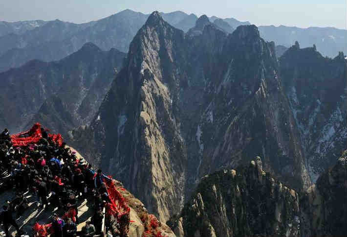 西岳华山进入旅游旺季