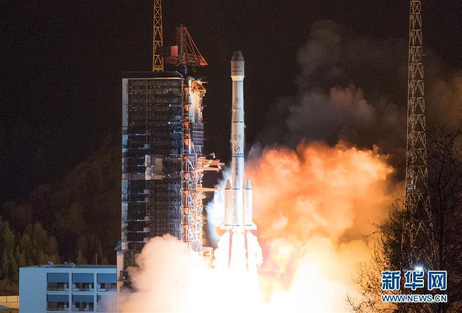 """中国乐成发射""""中星6C""""卫星"""