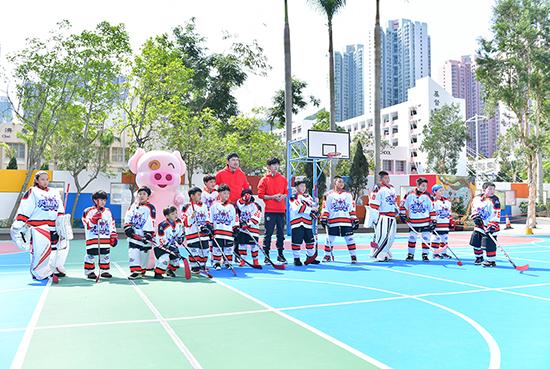 《大冰小将》香港深圳行 传递文化促进北冰南展
