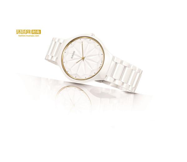 RADO瑞士雷达表True Thinline真薄系列星钻腕表 携手西班牙着名设计师贝穆德斯携手呈献
