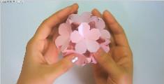 简约恬静的小花花球