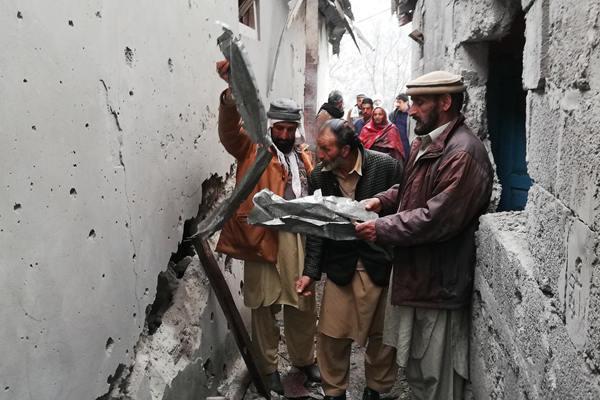 印巴边境再发生冲突 巴基斯坦住宅遭印度炮击