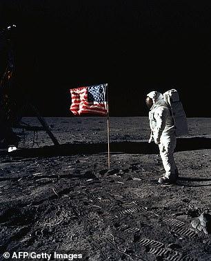NASA将再把人类送上月球 为踏上火星做准备