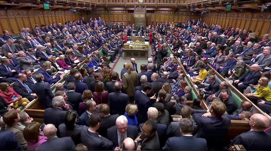惨败!英国脱欧协议草案以149票之差被下议院否决