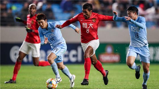 亚冠小组赛第2轮:大邱3-1恒大