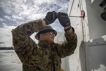 美国海军陆战队参加闪电太平洋军事演习