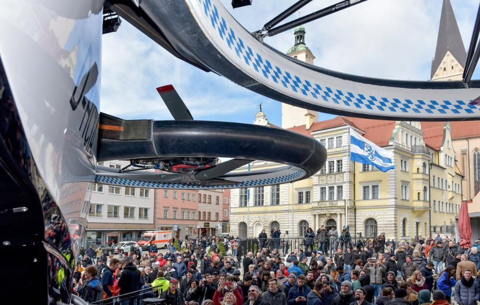 空客在欧洲推出空中租车:四轴载人无人机 航程60公里