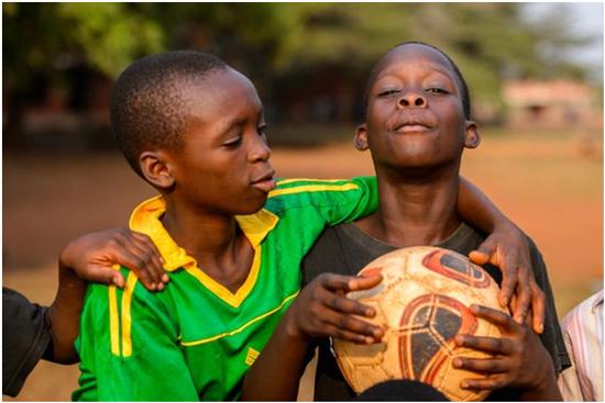 足球版人口买卖,谁偷走了少年的足球梦?
