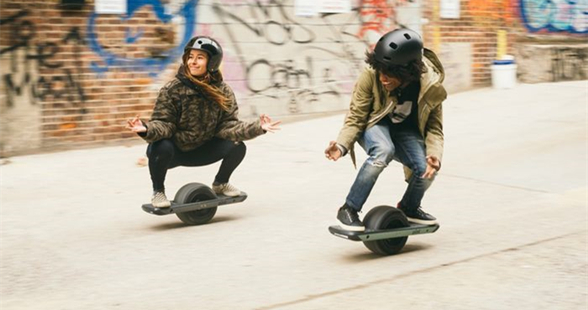 Future Motion推新款电动滑板 可完成13公里续航