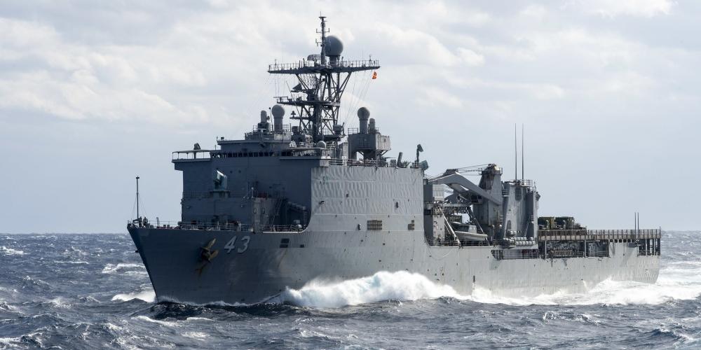 美军万吨战舰爆发病毒 海上漂了两个月不能靠岸