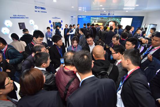 中国智慧家庭产业具有庞大的潜在市场
