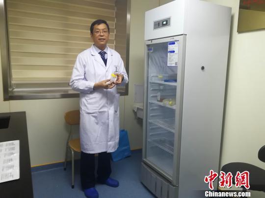 """山东医生从粪便中提取粪菌液""""粪菌移植""""治肠道疾病"""