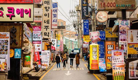 发达的整形业让韩国一直有整形之都 的称呼