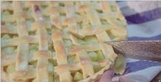 新鲜出炉的苹果派