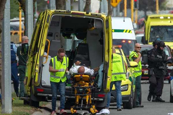 新西兰清真寺枪击案已致27人死 4名嫌犯被捕