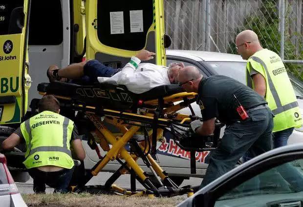 新西兰恐袭案已致49人死亡,目击者描述惨案现场