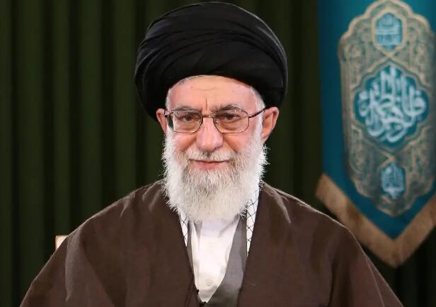 一美国海军老兵在伊朗被判10年监禁 罪名包括侮辱伊朗最高领袖