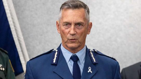 新西兰警方:枪击案凶手系单独作案 但可能获支持